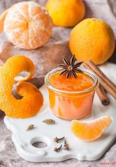 Recipe for tangerine jam | Rezept für Mandarinenmarmelade || find me on Facebook: https.//facebook.com/herzelieb | © herzelieb |    Tolles Rezept für Lebkuchenherzen | tolles Geschenk zu Weihnachten!  |  Lebkuchenherzen Rezept - gebacken für Post aus meiner Küche  Mandarinenmarmelade rezept ohne Gelierzucker