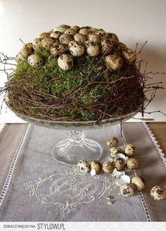 LOVE this for Easter or spring! Deco Floral, Arte Floral, Hoppy Easter, Easter Eggs, Diy Ostern, Easter Parade, Easter Celebration, Easter Table, Vintage Easter