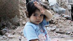シリアの惨状を伝える膨大な映像素材を繋ぎ合わせた果てに、愛の物語が生まれる