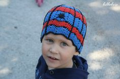 Crochet spiderman hat: No pattern but good inspiration