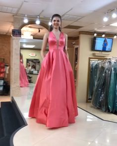 Yellow Long Prom Dresses Deep V Neck Party Dresses Online Sale Designer Party Dresses, Party Dresses Online, Event Dresses, Sexy Evening Dress, Evening Outfits, V Neck Prom Dresses, Satin Dresses, Bodice Pattern, Silky Dress