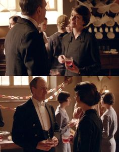 Downton Obsession | S6 E4 | Baxter & Molesley smiling at each other <3