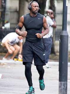 Star Tracks: Wednesday, September 3, 2014 | ROAD WORK | British actor Idris Elba looks every bit the athlete Tuesday as he films a scene for his new drama A Hundred Streets in London.
