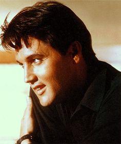 Elvis ~ so handsome