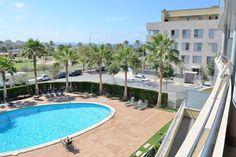 Portixol/ Es Molinar, Palma de Mallorca: Lovely apartment with a terrace next to the beach, 3 bedrooms, 2 bathrooms, 600 00 €.
