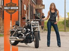 Fat Bob Harley Fat Bob, Harley Davidson Fat Bob, Harley Davidson Motorcycles, Biker Chic, Hot Bikes, Biker Girl, Motorcycle Babe, Motorcycle Posters, Scooters