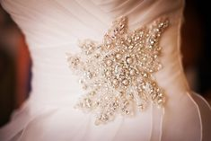 Sparkle and Pearl Wedding Dress Accent | Dramatic and Glamorous Wedding on the Water in Blue, Black, and White