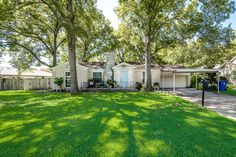 New on the market! For Sale: 1525 Bella Vista Drive, Dallas, Texas 75218 Wonderfully large (100 x 240 - over half acre lot) in old Casa Linda Estates with 3 bedroom house and great backyard. Original hardwood floors updated kitchen. Or, bring your plans and build your dream house. Close to Casa Linda Shopping Center, Dallas Arboretum, White Rock Lake, Little Forest Hills etc. #2021MLSListing #houseforsale