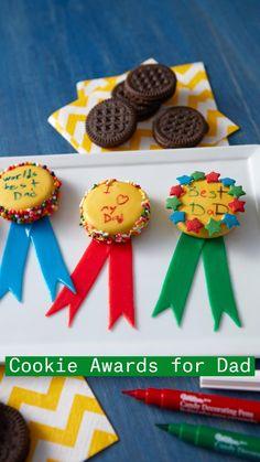 Chocolate Pops, Chocolate Hearts, Chocolate Covered Oreos, Sweet Cookies, Cute Cookies, Wilton Cake Decorating, Cookie Decorating, Wilton Cakes, Cupcake Cakes