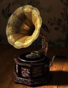 Люблю граммофоны