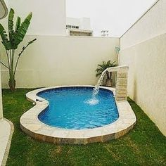 Diy Swimming Pool, Small Pools, Small Backyard, Patio Design, Small Backyard Design, Small Pool Design, Swimming Pool Designs, Bungalow House Design