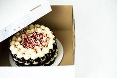 #birthday #chocolate #cake #cakes #torta #cakenorell #edibleart #gift #friut Edible Art, Chocolate Cake, Cakes, Birthday, Gifts, Chicolate Cake, Chocolate Cobbler, Birthdays, Presents