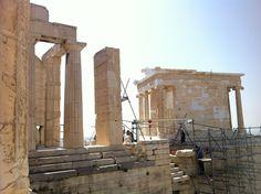 Templo de Atenea Niké (Acrópolis, Atenas, Grecia). #Viajar #viajes #destinos #turismo #atenas #acropolis #partenón #acrópolis #partenon