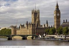 Westminster Palace and Big Ben - London. very beautiful. i called it the petter pan clock when i saw it!