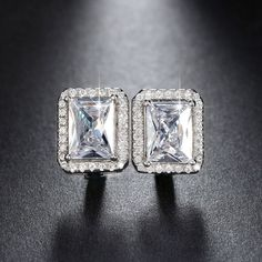 New Arrival 1.8 ct Rectangle Cubic Zirconia Earring Stud For Women Best Christmas Earring Gift White Gold Plated