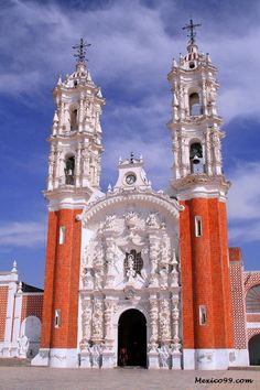 Ocotlan Cathedral in Tlaxcala, MEXICO.
