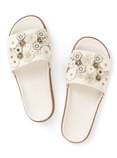 f774b5080c5b 7 Best Spring slides images | Sandals, Slide sandals, Flat sandals