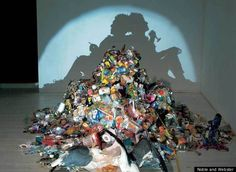 Tim Noble and Sue Webster create masterpieces of contradiction: light&shadow, beauty&garbage,form&abstraction