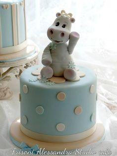 baby hippo theme cake