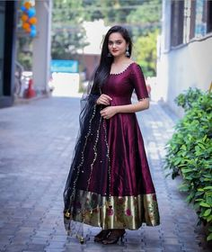 Party Wear Indian Dresses, Indian Gowns Dresses, Dress Indian Style, Long Gown Dress, Anarkali Dress, Black Anarkali, Punjabi Dress, Anarkali Suits, Lehenga Choli