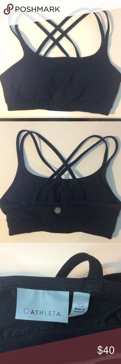 Athleta Full Focus Bra Athleta Full Gocus Bra. Color: Black. Size: XS. In great used condition. Includes removable pads. Athleta Intimates & Sleepwear Bras