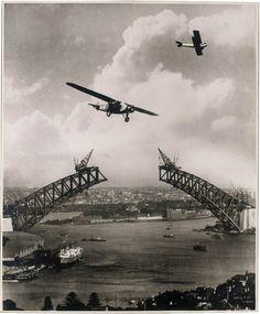 Sydney Harbour Bridge during construction  1930