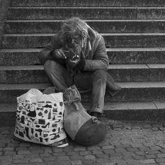 Munich, Germany - HomeLess, HomeLessNess, Sans Abris, Poverty, Pobreza, Pauvreté, Povertà, Hopeless, JobLess, бідність, Social Issues, Awareness