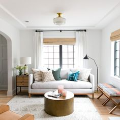 Neutral with a just a pop of color leaves a clean and calm room. Simple interior design solutions.