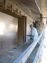 Spraying hemp lime / hempcrete into external walls in WISE