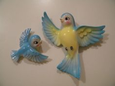 Lefton or Norcrest? Bluebird Wall Plaques