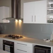 Kitchen Glass Splashback - Dulux Satin Silver