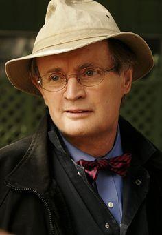 "David McCallum - Dr. Donald ""Ducky"" Mallard"