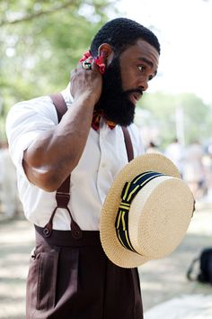 Ouigi Theodore, rocking suspenders & a boater hat, at Jazz Festival on Governors Island. via The Sartorialist. Sharp Dressed Man, Well Dressed Men, Jazz Age Lawn Party, Estilo Hipster, Sartorialist, Beard Gang, Raining Men, Classic Man, My Guy