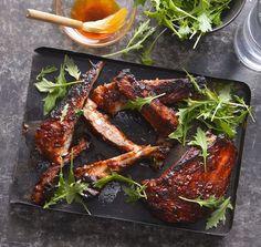 Nejlepší vepřová žebírka podle Jamieho , Foto: Marek Kučera Jamie Oliver, Chicken Wings, Barbecue, Grilling, Treats, Fresh, Food, Sweet Like Candy, Barbacoa
