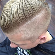 Back to basics with this cut . Nice clean razored part . Styled with some muk Side Hairstyles, Undercut Hairstyles, Popular Hairstyles, Undercut Pompadour, Hair Trends 2015, Mens Hair Trends, Great Haircuts, Haircuts For Men, Hair And Beard Styles