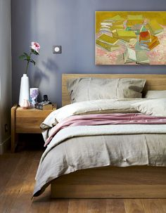 periwinkle blue bedroom andrew wants to paint one of the guest rooms periwinkle this one is nice neutral - Schreiber Fitted Bedroom Furniture Uk