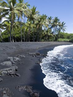 Sometimes you can see Honu, the Hawaiian word for the green sea turtle, resting on this beach. Punaluu Black Sand Beach, Island of Hawaii (Big Island), Hawaii, USA #hawaii #bigisland