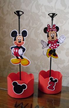 Centro de Mesa no tema Minie e Mickey . <br> <br>Todos os detalhes podem ser alterados.