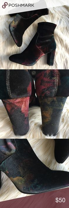 Madden Girl Velvet Floral Ankle Boots These boots are just gorgeous. They are never worn. No flaws. Velvet and zíper and excellent condition. It has a beautiful and stylish floral pattern.  Heels : 3' Madden Girl Shoes Ankle Boots & Booties