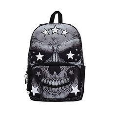 Hit the streets in dope style with Mojos Primo Mr. Peterson Star Skull Backpack. This MOJO classic has you looking fresh with an updated edge.