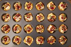 Cranberry Brie Bites Cranberry Brie Bites = The Perfect Holiday Appetizer Our love for crescent roll recipes is no secret. Why make dough fr. Best Christmas Dinner Recipes, Holiday Recipes, Thanksgiving Recipes, Christmas Snacks, Holiday Treats, Christmas Holiday, Holiday Parties, Brie Bites, Holiday Appetizers