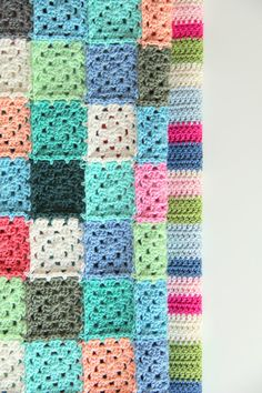 Crochet blankets - interesting way of joining