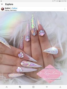 - My Nails Ongles Bling Bling, Rhinestone Nails, Bling Nails, Fabulous Nails, Gorgeous Nails, Pretty Nails, Nail Art Designs, Nagel Bling, Stiletto Nail Art