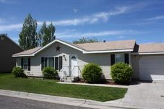 Great starter home or investment opportunity! This duplex is located in the Valinda Townhouse complex, only 2 blocks from the BYU-Idaho campus. The main level floor plan keeps everything in reach, but with plenty of room to live. All three bedrooms are generously sized with their own closets and the master bedroom features a walk in closet and beautiful master bath. The eat-in kitchen is large and there are plenty of cabinets and cupboards for everything you need! The laundry room is tucked…