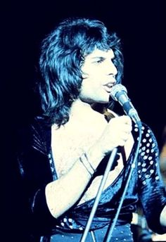 Freddie Mercury ~ Queen