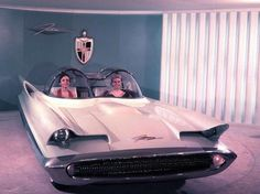 Rejected 1955 Lincoln Futura prototype, which became the Batmobile in 1966.