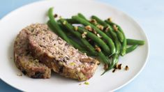 Turkey Meatloaf with Fontina and Mushrooms Mushroom Meatloaf, Turkey Meatloaf, How To Cook Mushrooms, Stuffed Mushrooms, Stuffed Peppers, Health Dinner, Cooking Recipes, Healthy Recipes, Meatloaf Recipes