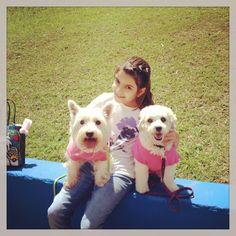 Nana com sua irmã Trili e Carolina!