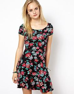 Image 1 of New Look Cap Sleeve Skater Dress