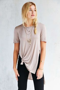 Silence + Noise Tara Side Slit Tee - Urban Outfitters